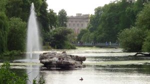 St James park lake looking towards Buckingham Palace