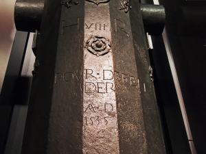 Barrel of gun showing inscription indicating that it was commissioned by Henry VIII for the re-fit in the mid 1530s when the number of large guns was increased