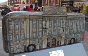'Buckingham Palace Bus'