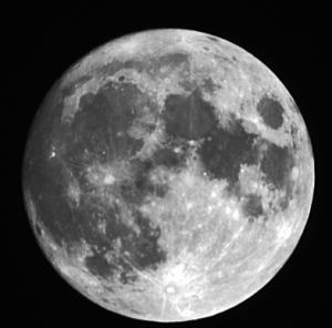 Moon150203070227a