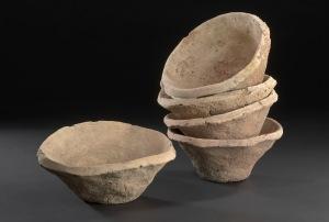 Uruk mass produced pottery(taken from archaeologynewsnetwork.blogspot.com)