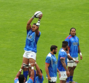 Line-out practise for the Samoans