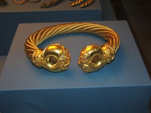 Celtic Torc. Photo by tallis Keaton (https://www.flickr.com/photos/talliskeeton/)