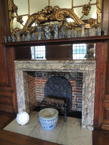 Fireplace in Long Gallery with display of Pocelain