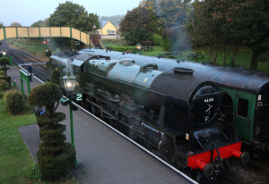 22-10-2016-watercress-line-autumn-steam-gala-2016-1-ex-lms-46100-royal-scot-at-ropley