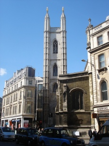 St Mary Aldermary. Photo by Julian Walker ( https://www.flickr.com/photos/wirewiping/)